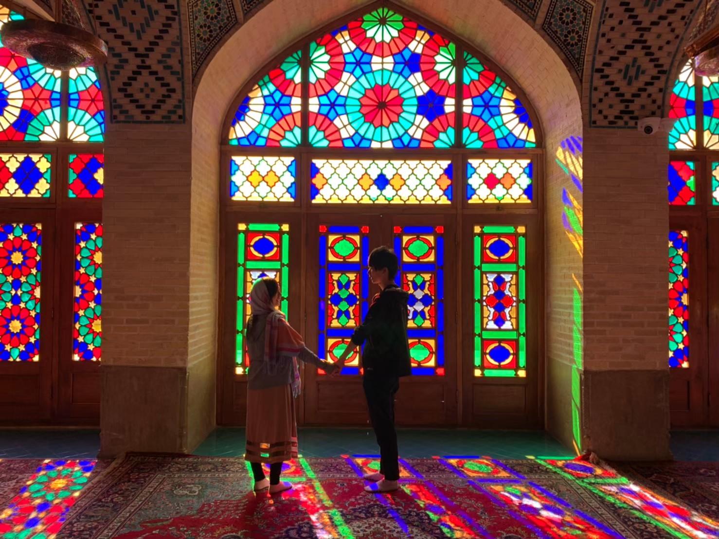 シーラーズのピンクモスク!忘れられないステンドグラス