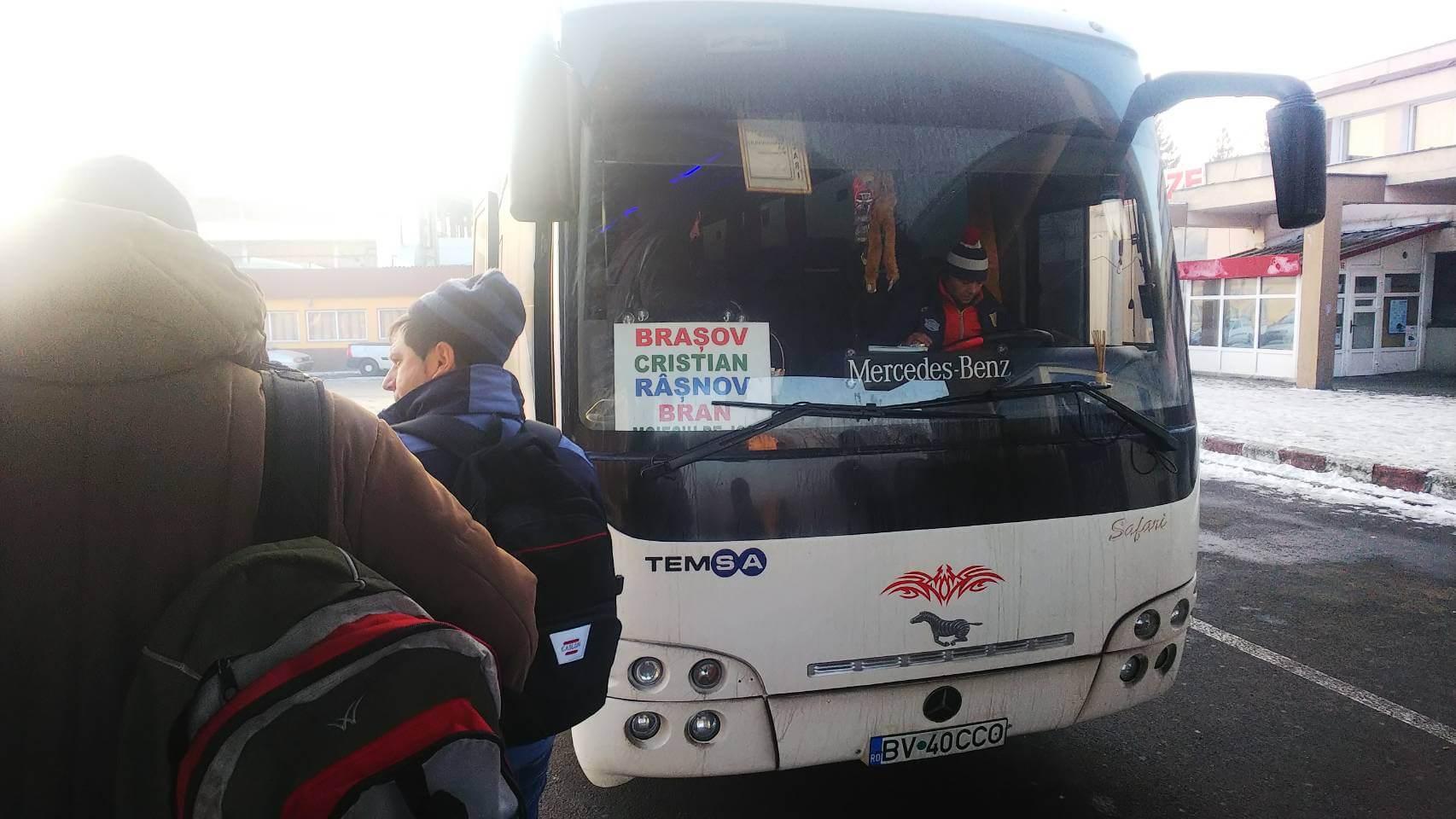 ブラショフからドラキュラで有名なブラン城へバスで行く方法の解説!