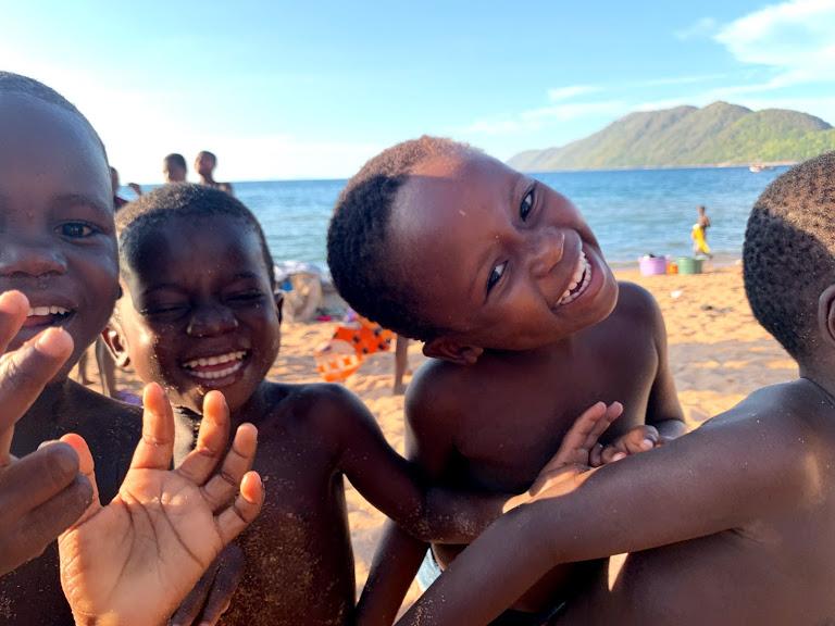 子供たちの笑顔に癒されたマラウイ湖での滞在