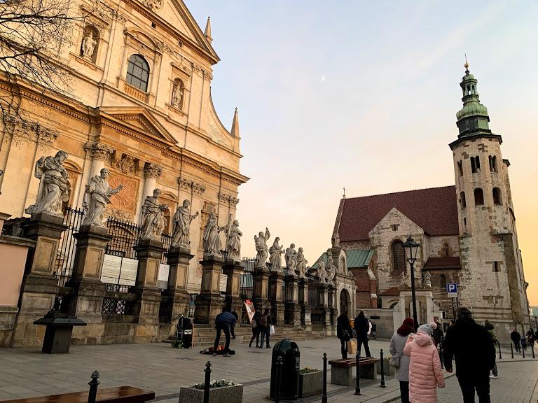 チェコからポーランドへ。クラクフの宿の紹介も!